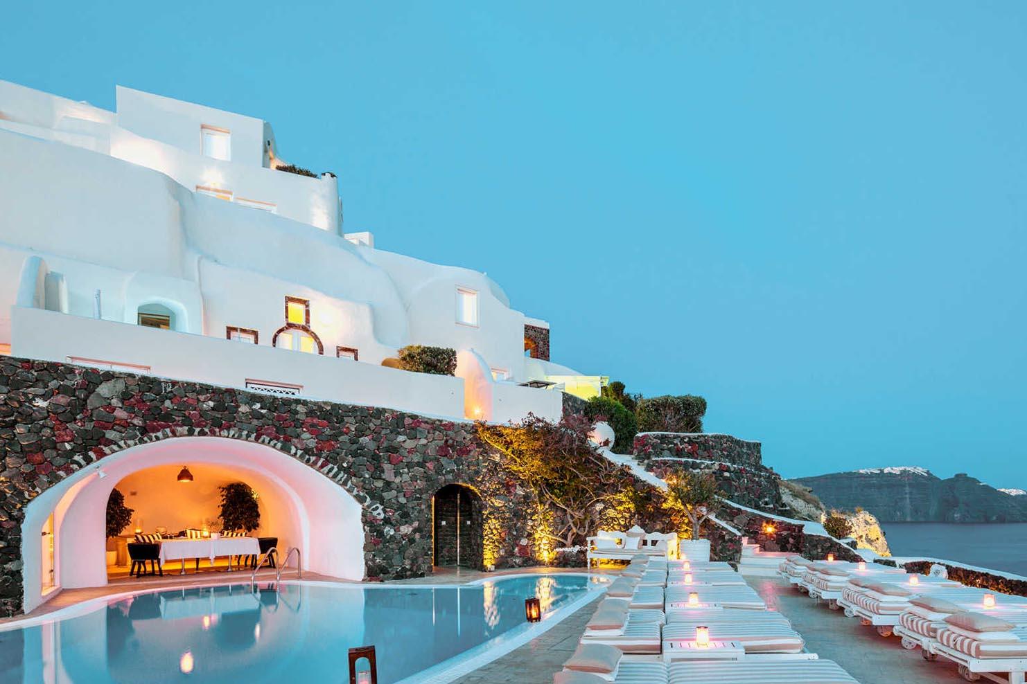 _0009_003 Canavas Oi Suites – Santorini