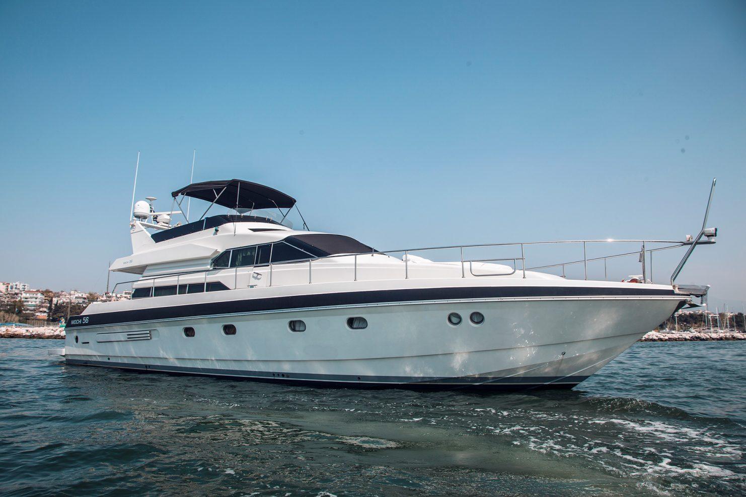 010 Delphi by Yacht