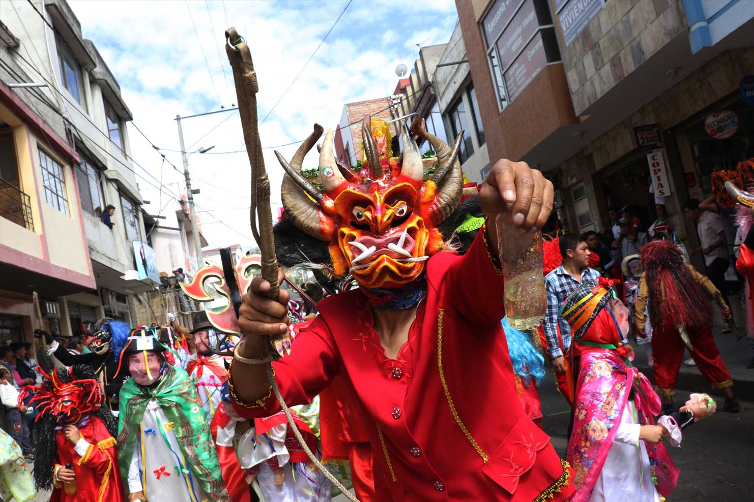 018-La-Diablada-de-Pillaro-(The-Devils-of-Pillaro)