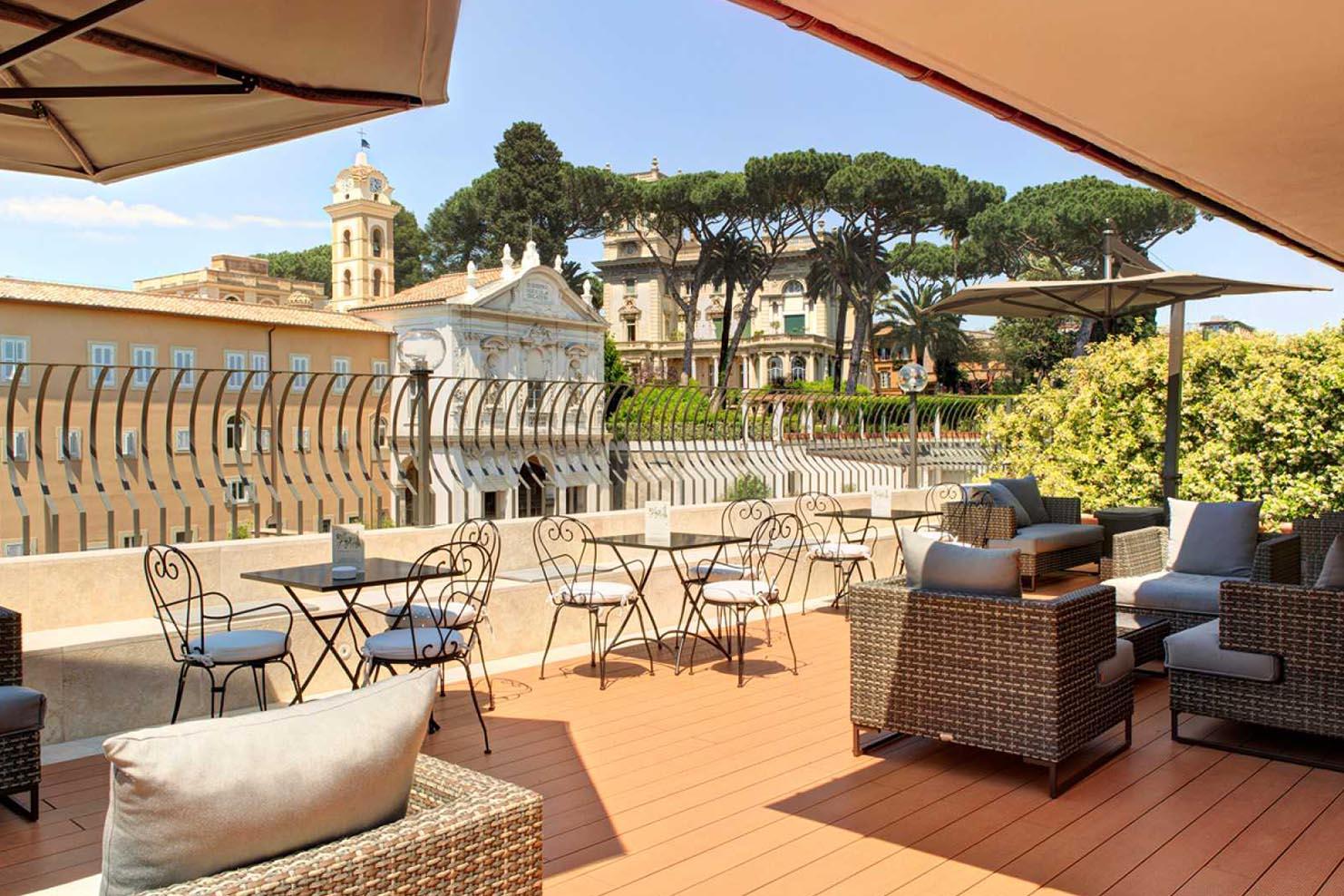 ITALY BOXES_0025_004 Hotel Degli Aristi Rome