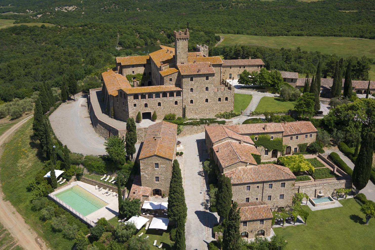 ITALY BOXES_0027_002 Castillo Banfi Tuscany